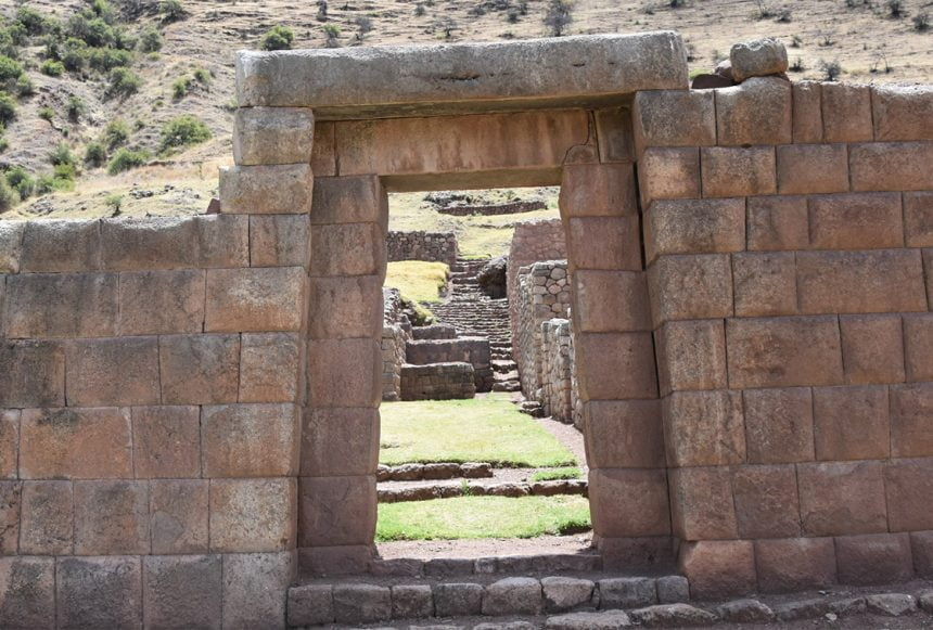 Organizing Treks Through the Maukallaqta Ruins Near Cusco
