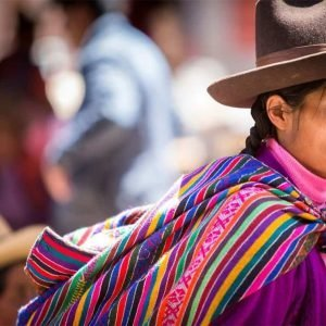 """A Different Way to Carry Things: The Andean """"Manta"""""""