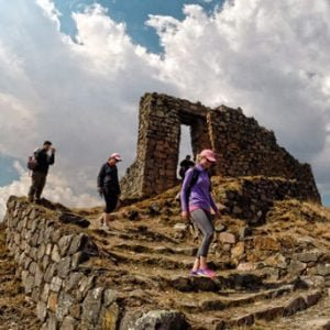 Easy 1-Day Hikes Around Cusco, Peru