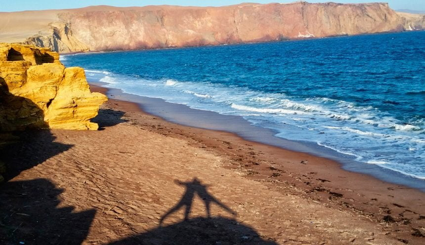 A great bicycle adventure in the Paracas desert