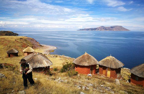 Îles uniques du Lac Titicaca