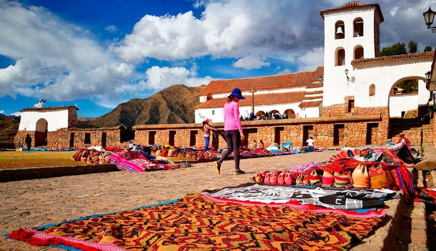Colourful markets, Ollantaytambo